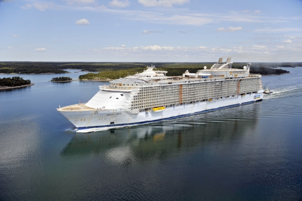 Oasis of The Seas offers broadband internet speeds