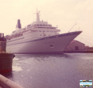Royal Viking Sky April 29, 1976 in Aruba