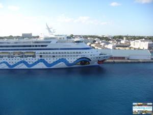 AidaAura Nassau